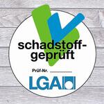 Was bezeichnet die LGA Zertifizierung bei Schaumstoffen und Stoffen?